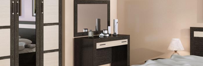 tualetnyi-stolik-dlya-spalni-s-zerkalom