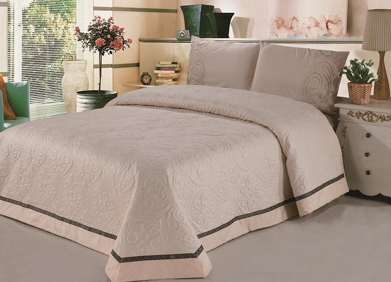 Покрывала на кровать для спальни своими руками 44